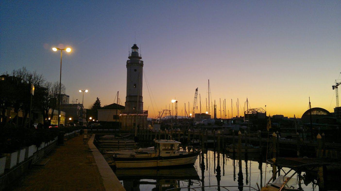 Faro del porto di Rimini