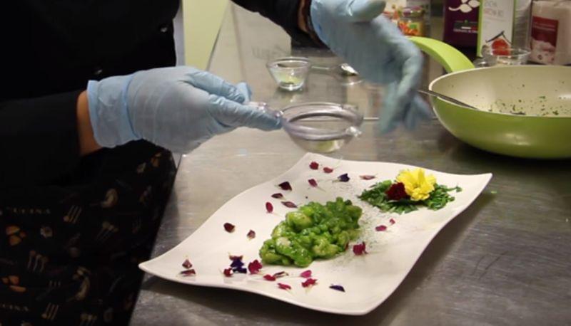 Primo Piatto Vegano | Riccetti di tè matcha al pesto di spinacino
