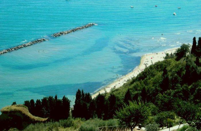 Strada a picco sul mare | Fiorenzuola di Focara