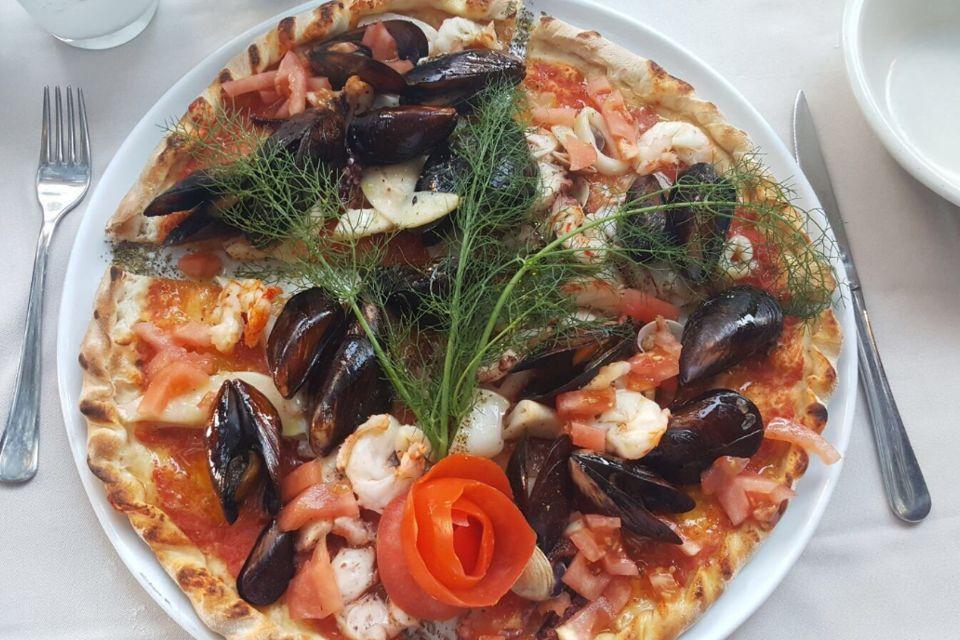 La Tavola Pizzeria Restaurant  Nj  Hainesport Nj
