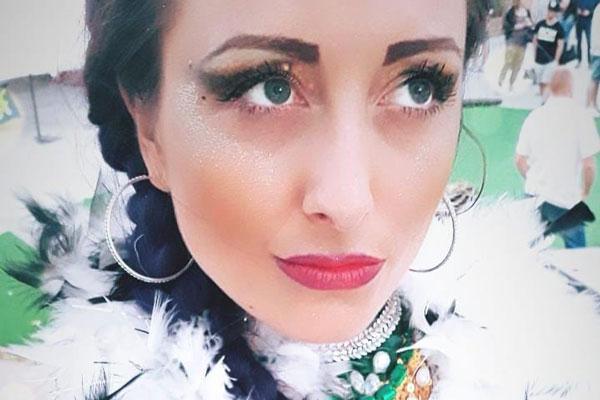 Samba e Bourlesque con Miss Violet Queen al Ristorante Cà Nostra