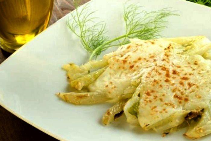 Finocchi gratinati con la besciamella - Fonte cucina.fidelityhouse.eu