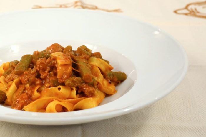 Tagliatella asparagi e salsiccia - Ristorante Anna Forlimpopoli