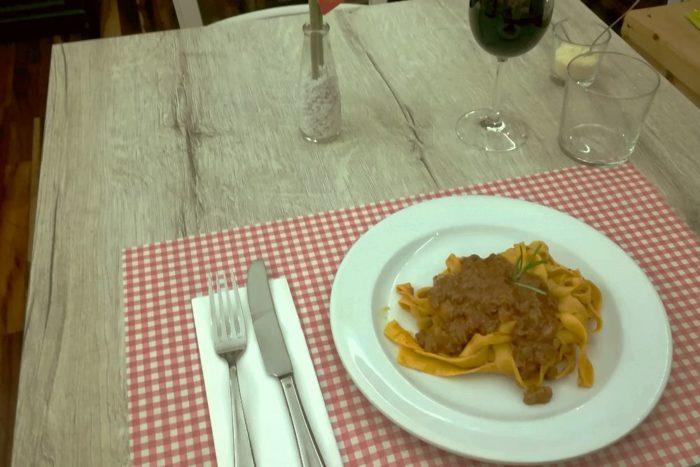 Tagliatelle al ragù – Osteria Brodo di giuggiole - Rimini