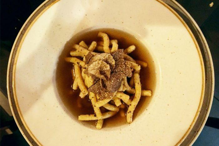Passatelli in brodo di porcini e tartufo nero - La Svineria - Bertinoro