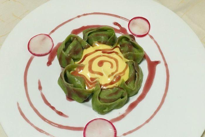 Cappellacci al Brasato con riduzione di Sangiovese e zabaione salato alle erbe - Osteria del Teatro - Imola
