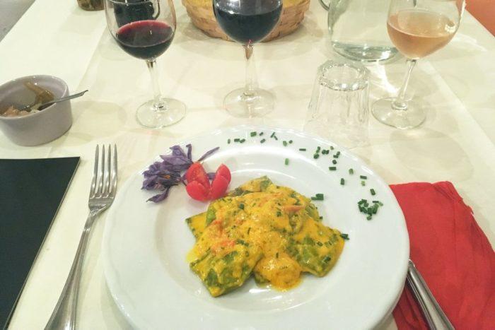 Tortelli verdi ripieni di ricotta e erbe aromatiche- Agritutismo Cà di Rico - Dovadola