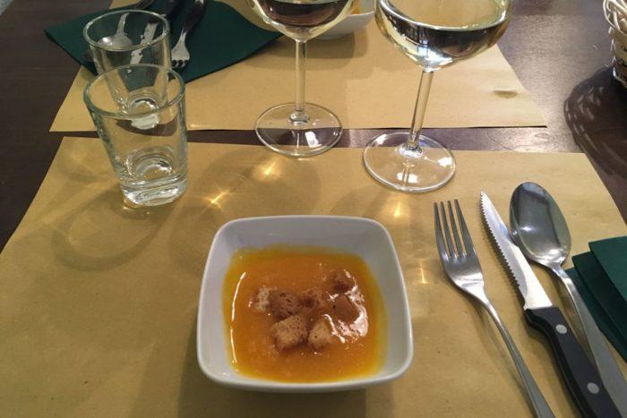 Crema di zucca con crostini - Osteria Nascosta - Forlì