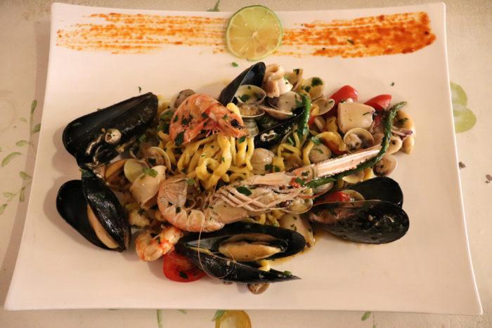 Tagliolini ai frutti di mare - Bistrot Due come Noi Rimini